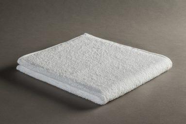 מגבת פנים 48/70 לבן ערד סוג א' | הכל לצימר