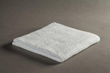 מגבת פנים 40/70 לבן ערד | הכל לצימר