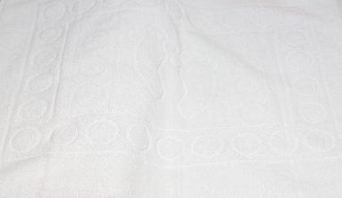 שטיחון אמבטיה פסיעות לבן 50/70   הכל לצימר