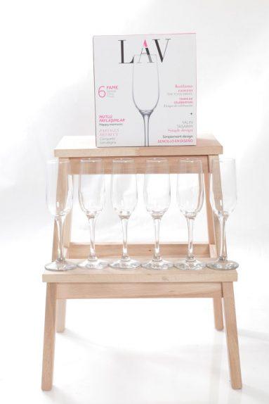 כוסות שמפניה 6יח   הכל לצימר